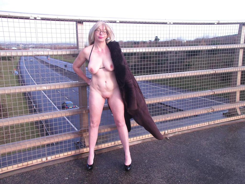 Sandy sexy british milf from birmingham - 2 part 3