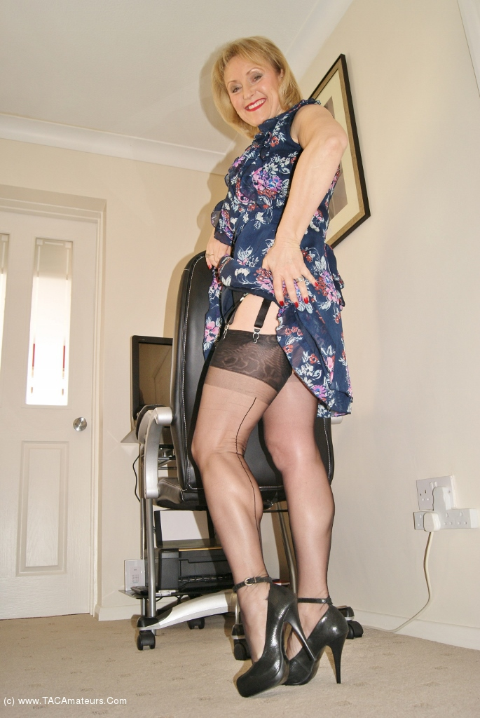 Horny uk milf fantasises about another man